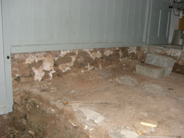 hall earthen floor 07