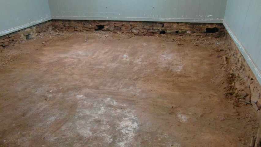 hall earthen floor 22